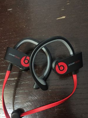 Power beats Bluetooth headphones for Sale in Austin, TX