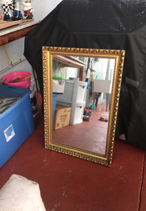 Espejo de madera antiguo for Sale in Fort Lauderdale, FL