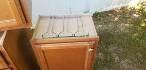 5 kitchen cabinets for $100 for Sale in Manassas, VA