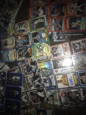 Football and basketball baseball sports cards for Sale in Las Vegas, NV