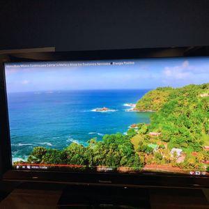 "58"" Panasonic HDTV for Sale in Kirkland, WA"