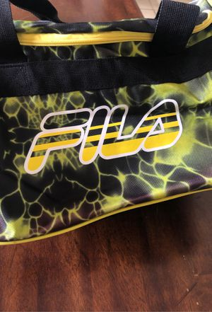 Duffle bag for Sale in Clermont, FL