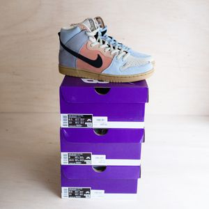 DS NIKE DUNK HIGH SPECTRUM SIZE 8.5 9 9.5 for Sale in Lynnwood, WA