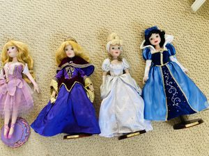 Collection of antique 2003 Porcelain Disney Princess Doll - 17inch figures for Sale in Redondo Beach, CA
