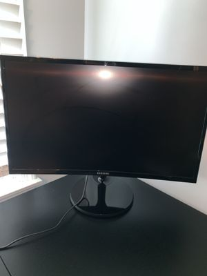 """Samsung - 390 series 24"""" LED Curved monitor for Sale in Hammonton, NJ"""
