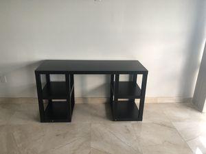 Black wood desk for Sale in Miami, FL