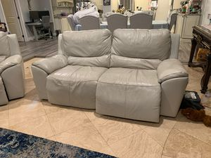 Cream electric recliners sofa love seat and chair for Sale in Cerritos, CA