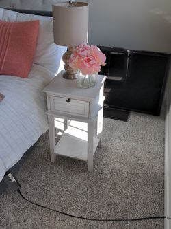 White Distressed End Tables (Set Of 2) for Sale in Durham,  NC