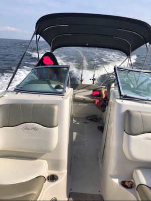 Power boat Sea ray sun deck 220 for Sale in Rockville, MD
