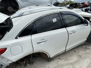 2012 Infiniti fx35 for parts for Sale in Grand Prairie, TX