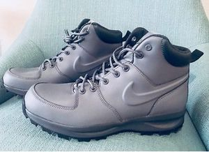 Nike Manoa Grey Leather Men's Boots Size 9.5 for Sale in Falls Church, VA