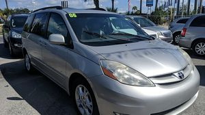 2006 Toyota sienna limited edition for Sale in Tampa, FL