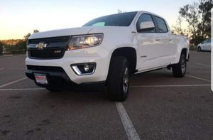 2017 Chevy Colorado Z71 DURAMAX for Sale in Ramona, CA
