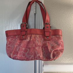 Coach Bag (Pink) for Sale in San Antonio,  TX