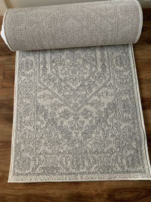 """New Safavieh runner rug !!! 2'6"""" x 18"""" ft for Sale in Vancouver, WA"""