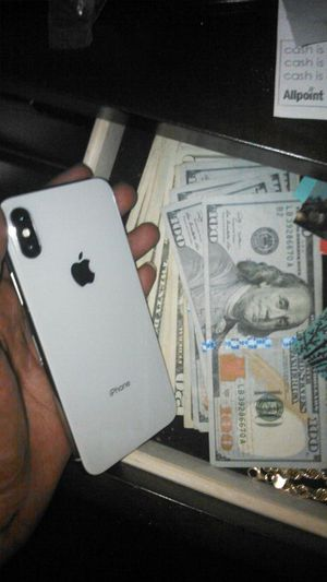 Bring locked iPhone 8+ 7 plus x xs ;) for Sale in Atlanta, GA