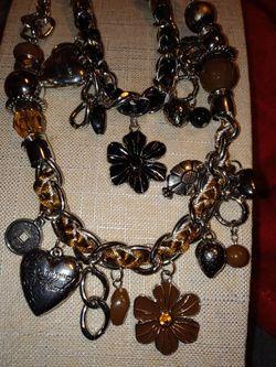 $5. each. Prayer Necklace By Paparazzi for Sale in Ocoee,  FL