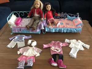 2 American Girl Dolls with Beds. for Sale in Whittier, CA