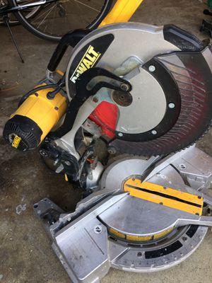 "Dewalt 12"" compound double bevel miter saw for Sale in San Jose, CA"