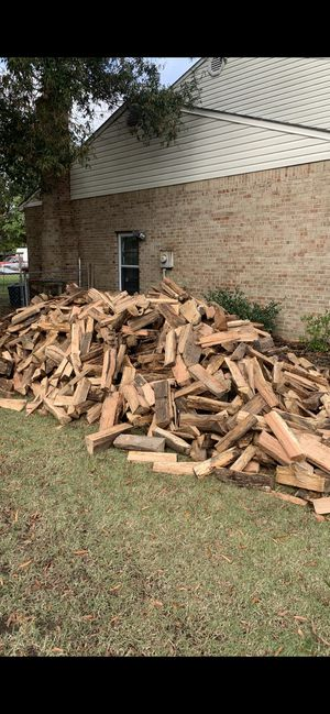 Heaping loads of all nicely split and ready to burn oak firewood and free delivery anywhere for Sale in Virginia Beach, VA