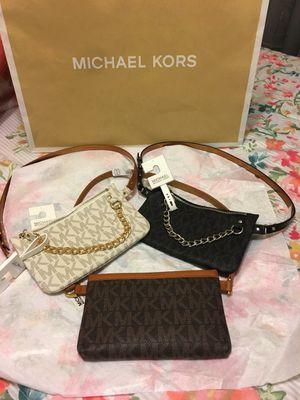 New Authentic Michael Kors Fanny Pack Waist Bag Belt for Sale in Bellflower, CA