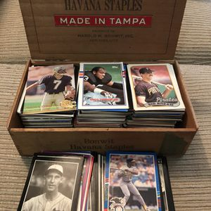 Old Cigar Box Of Baseball & Football Cards for Sale in Hemet, CA
