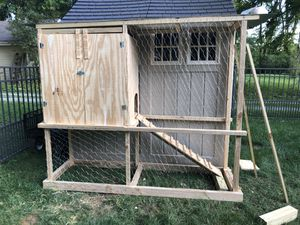 Chicken coop for Sale in North Ridgeville, OH