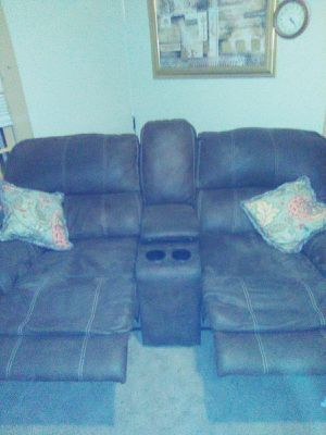 Recliner Couch for Sale in Tullahoma, TN