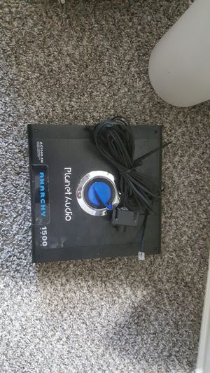 1500.1 planet audio amp with bass knob for Sale in Fort Worth, TX