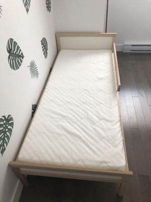 Free bed for kids for Sale in Davie, FL