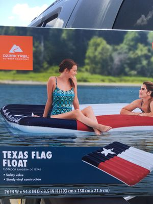 New ! Texas Flag inflatable float. Pool lake beach river raft for Sale in San Antonio, TX