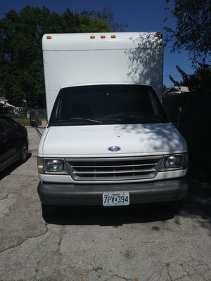92 Ford E-350 Box truck 14 foot for Sale in University City, MO