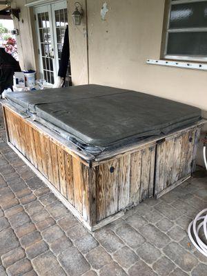 Hot Tub - FREE!!! for Sale in Hillsboro Beach, FL