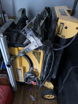 10 inch dewalt table saw with stand works great for Sale in Denver, CO
