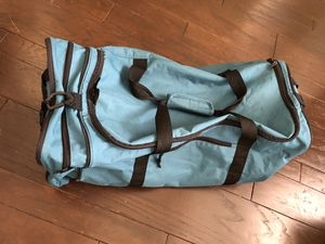 Protege Sports Large Green Duffle Bag 27 inches long x 12 inches tall x 11 inches wide - Used with minor rips and tears for Sale in Palmdale, CA
