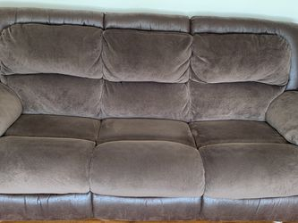 Couch And Loveseat Both Recline Color Brown for Sale in Sandy,  UT