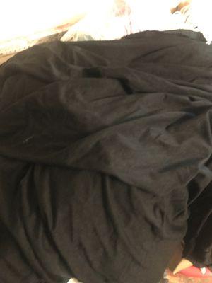 Tela negra // black fabric for Sale in Los Angeles, CA
