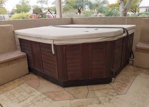 Hot tub free for Sale in Glendale, AZ