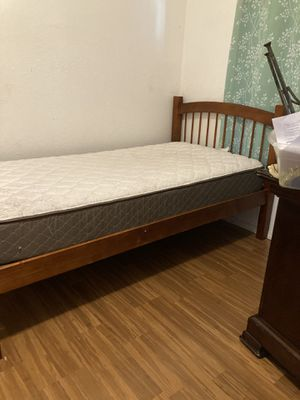 Cama twin for Sale in Los Angeles, CA