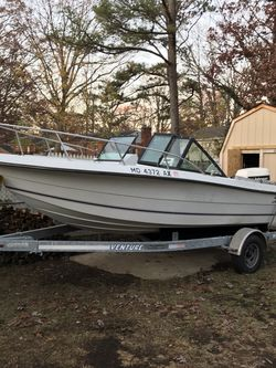 1990 Sea Pro Dual Console 18.5 Feet Boat Wit 120hp Johnson Outboard for Sale in Fort Washington,  MD