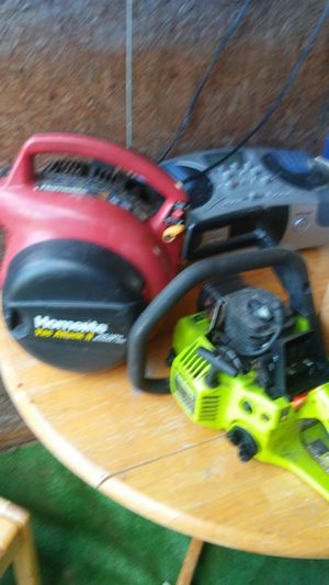 Leaf blower and chain saw for Sale in Saint Cloud, FL