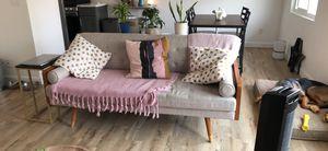 Contemporary couch for Sale in Gardena, CA