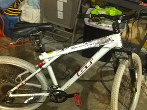 Gt avelanch mountain bike for Sale in Stockton, CA