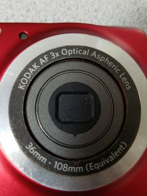 Camera, Kodak digital, 14 MP, red for Sale in Laurel, MD