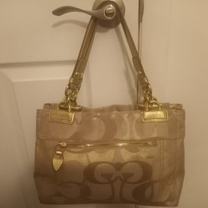 COACH BAG for Sale in Hollywood, FL