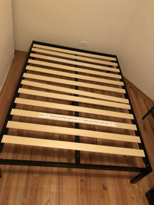 FREE full size bed frame for Sale in Chicago, IL