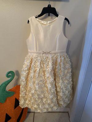 GIRLS SZ. 8 FANCY DRESS IN YELLOW for Sale in Miramar, FL
