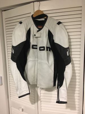 Icon motorcycle jacket size L for Sale in Miami, FL