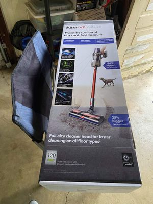 Dyson v11 outsize for Sale in Columbus, OH