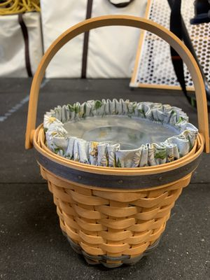 Longaberger 1999 Daisy basket for Sale in Orange, CA